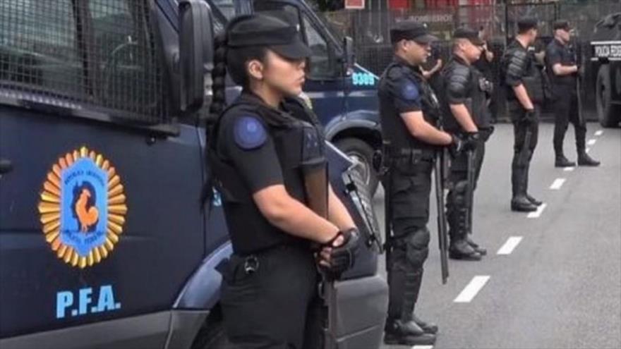 Video: ladrones matan a tiros a un policía en Argentina