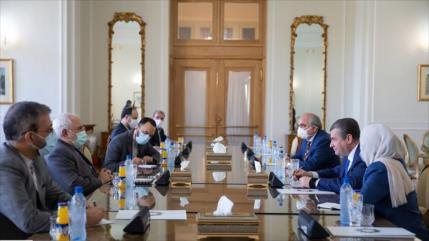 Irán insiste en reforzar cooperación de largo plazo con Rusia