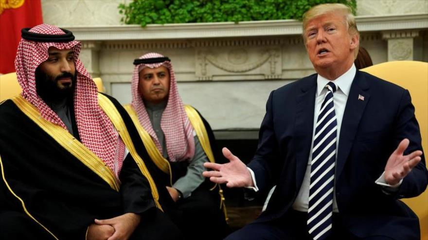 El presidente de EE.UU., Donald Trump (dcha.), y el príncipe heredero saudí, Muhamad bin Salman, en Washington D.C., 20 de marzo de 2018. (Foto: Reuters)