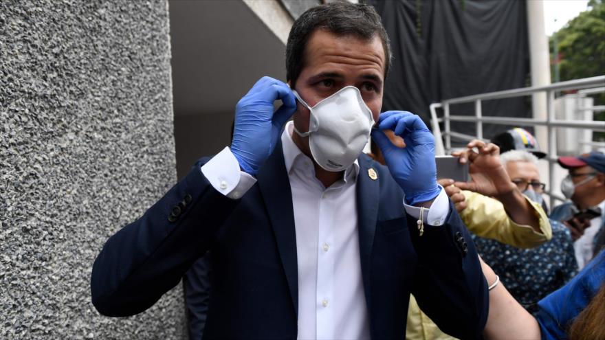 El diputado opositor venezolano Juan Guaidó en Caracas, la capital del país, 17 de junio de 2020. (Foto: AFP)