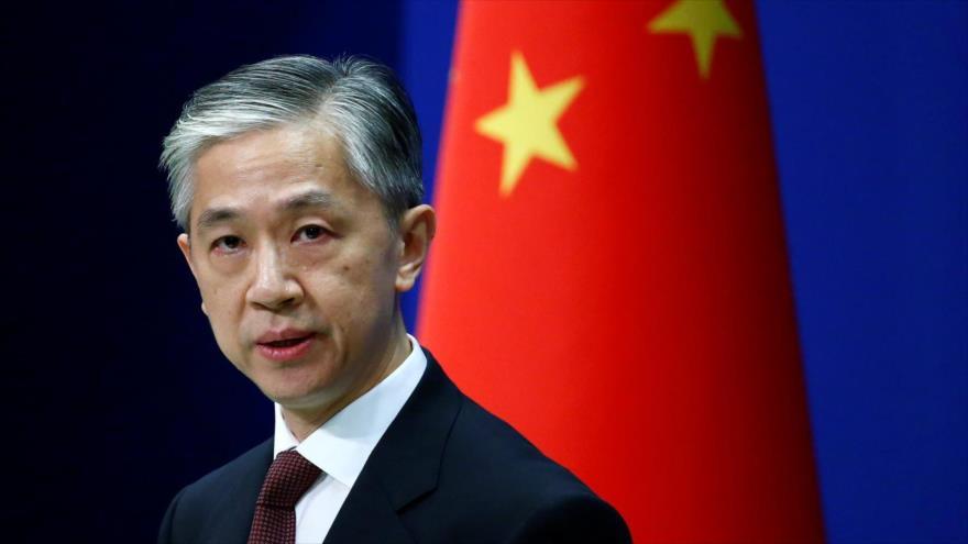 El portavoz de la Cancillería de China, Wang Wenbin, durante una rueda de prensa.