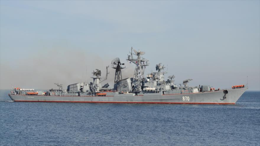 Buque de desembarco ruso Caesar Kunikov.