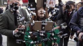 China promete responder salida forzosa de sus periodistas de EEUU