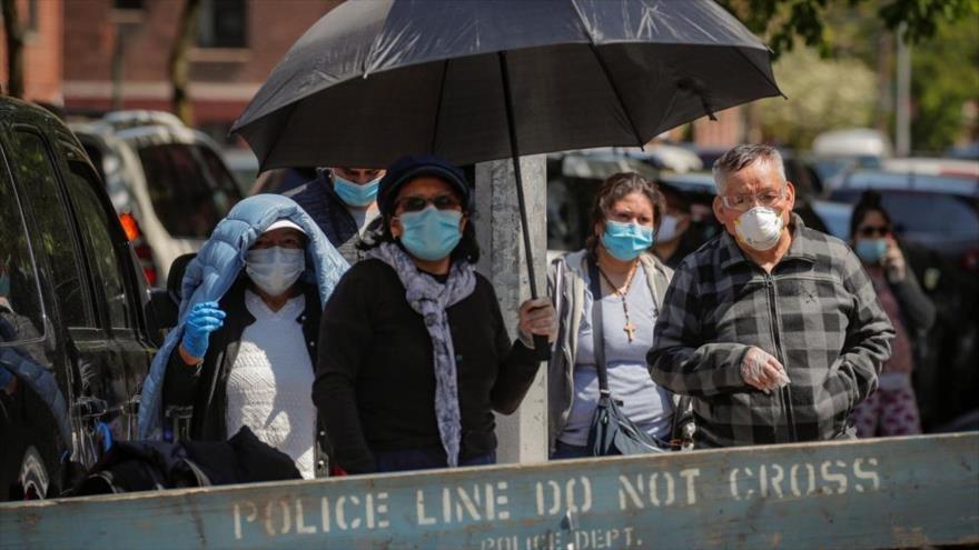 Ciudadanos estadounidenses llevan mascarillas en la ciudad de Nueva York, EE.UU., 15 de mayo de 2020. (Foto: Reuters)