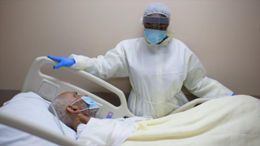 Un paciente con la COVID-19 en un centro de salud en Texas, EE.UU., 2 de julio de 2020. (Foto: AFP)