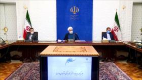 Presidente Rohani denuncia guerra psicológica contra pueblo iraní
