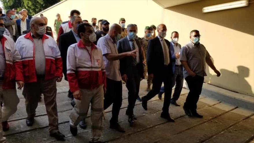 El ministro de Salud de El Líbano, Hamad Hasan, durante su visita al hospital de campaña de Irán en Beirut, capital libanesa, 6 de agosto de 2020.