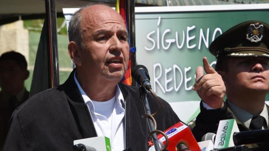 Gobierno de Añez amenaza con intervención militar contra opositores