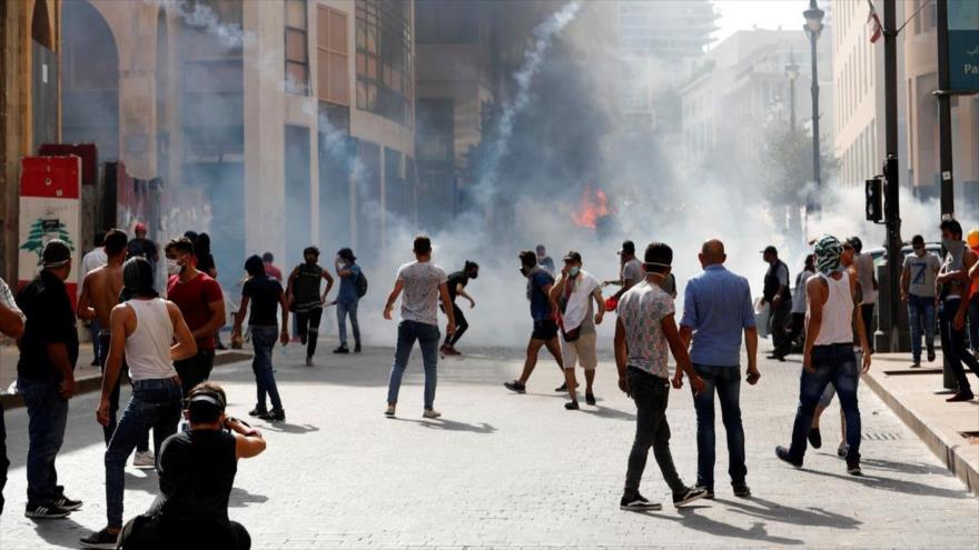 Libaneses exigen castigo a los autores de explosión en Beirut