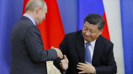 China y Rusia desdolarizan su comercio en respuesta a EEUU