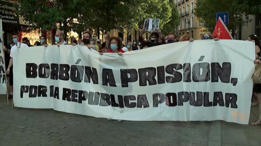 Cientos de madrileños protestan contra la monarquía española
