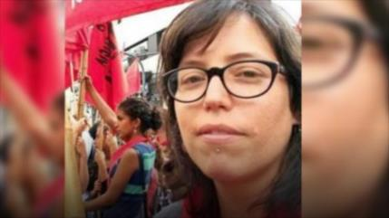 Carabineros arrestan a hija de Bachelet por defender causa Mapuche