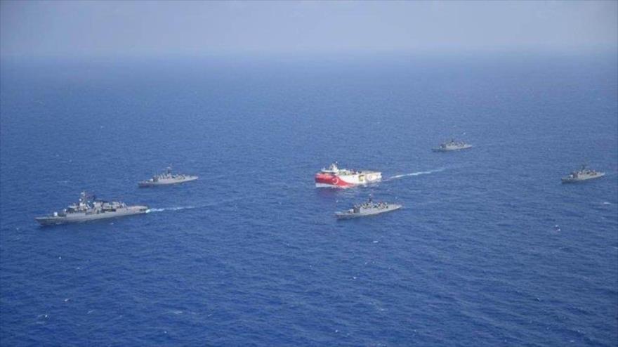 Turquía muestra músculo militar a Grecia en el Mediterráneo | HISPANTV