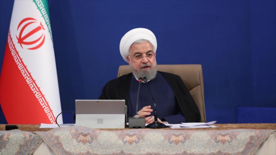 El presidente iraní, Hasan Rohani, en una reunión con miembros de su gabinete en Teherán (capital), 12 de agosto de 2020. (Foto: President.ir)
