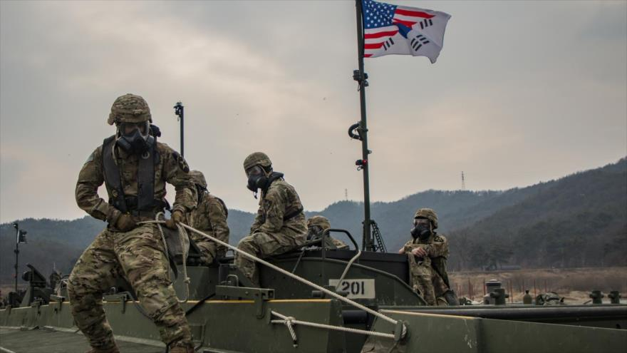 Soldados estadounidenses en Corea del Sur durante un ejercicio conjunto, 27 de febrero de 2019.