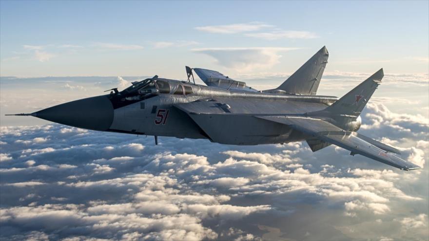 Caza ruso intercepta avión espía de EEUU sobre el mar de Barents | HISPANTV