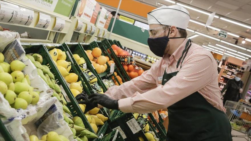 La Organización Mundial de la Salud (OMS) informa que el nuevo coronavirus, causante de la enfermedad COVID-19 no se transmite a través de los alimentos.