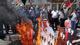Palestinos protestan contra el pacto alcanzado entre EAU e Israel
