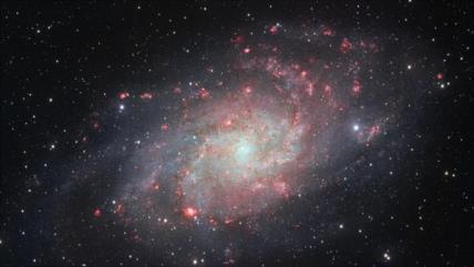 Científicos hallan nueva galaxia similar a la Vía Láctea