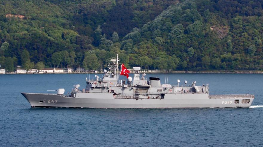 Turquía envía buques al Mediterráneo en plena tensión con Grecia | HISPANTV