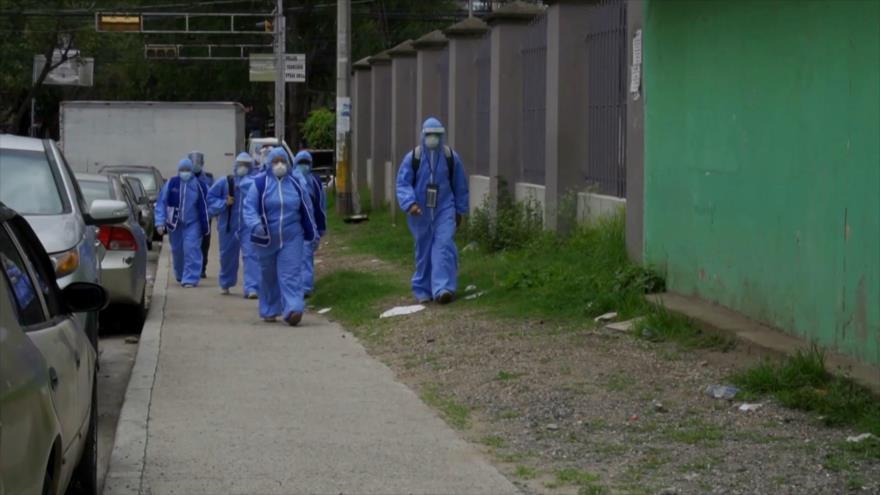 Hondureños profesionales de salud continúan en peligro de muerte