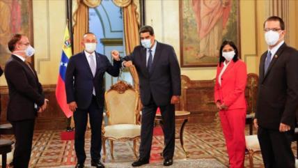Ankara y Caracas unen fuerzas: Turquía construye hospital en Venezuela