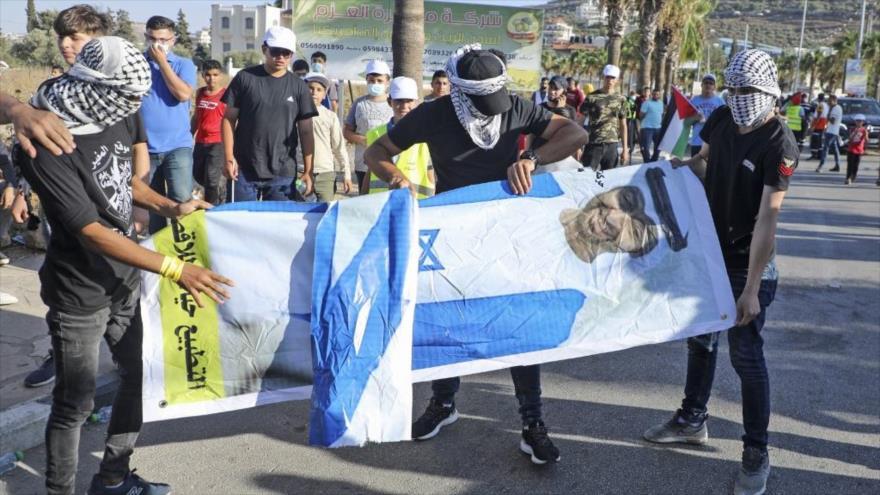 Activistas emiratíes rechazan normalización de lazos con Israel | HISPANTV