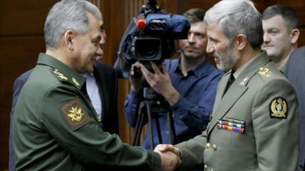 Ministro de Defensa de Irán visita Rusia para afianzar cooperación