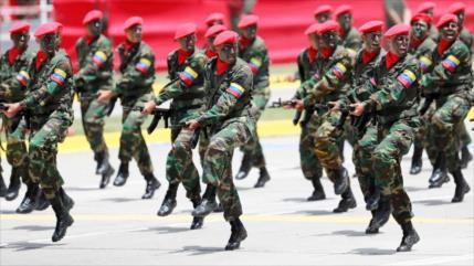 """FANB responderá """"con fuerza"""" a cualquier agresión de Colombia"""