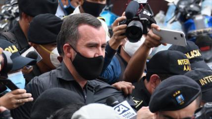 Sinibaldi acusado en 5 casos de corrupción en Guatemala