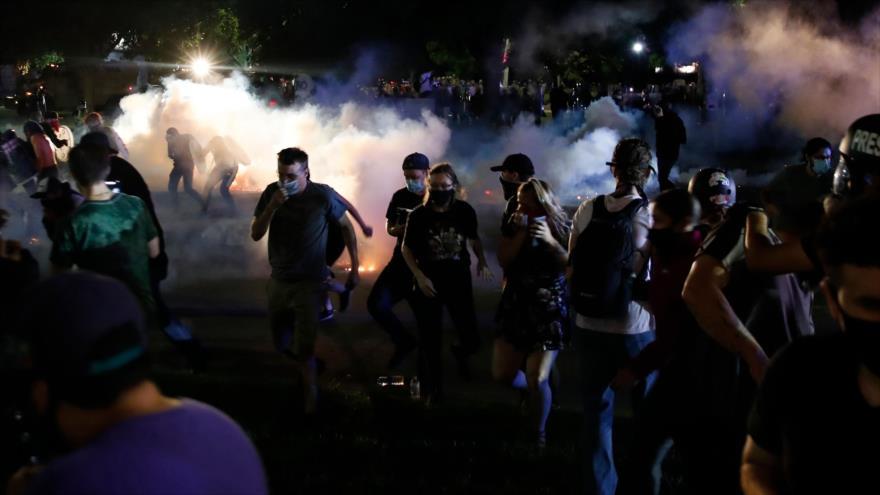 2 muertos por tiroteos en 3.ª noche de protestas en Kenosha (EEUU)