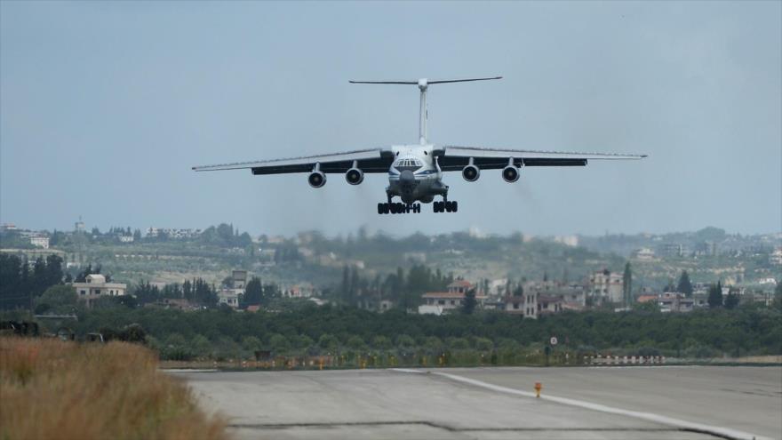 Rusia envía a Siria aviones IL-76 ¿cargados de equipos militares? | HISPANTV