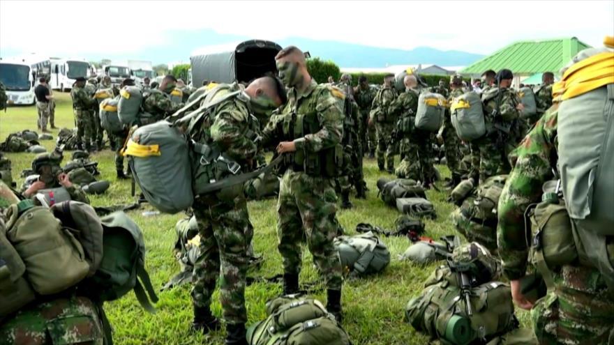 Oposición colombiana carga contra la presencia de tropas de EEUU
