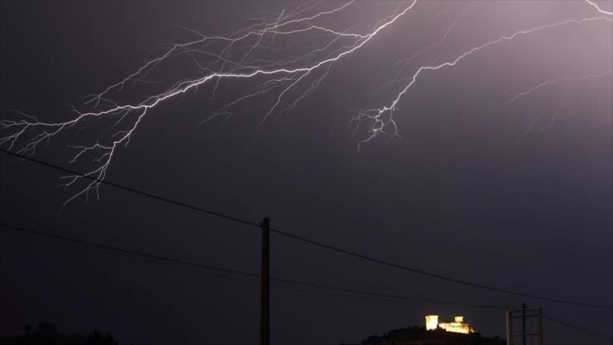 Rayos de tormenta.