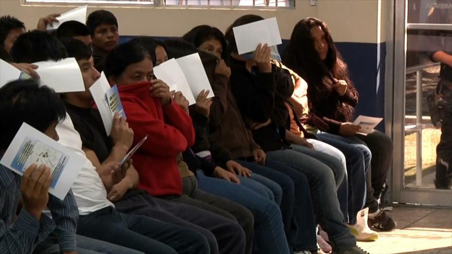 Estados Unidos continúa deportando migrantes contagiados | HISPANTV