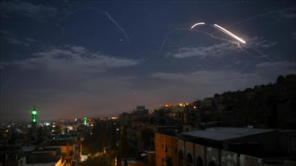 Defensa antiaérea de Siria repele ataque misilístico de Israel