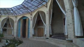 Irán: 1- El Caravansarai Zeineddin en Yazd, 2- Senderismo en Teherán, 3-el parque de Golabdareh, Viaje a Juzestán