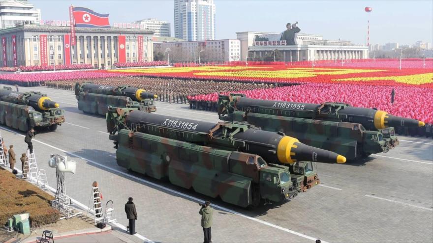 Misiles balísticos presentados en un desfile militar en Pyongyang (capital de Corea del Norte), 8 de febrero de 2018.