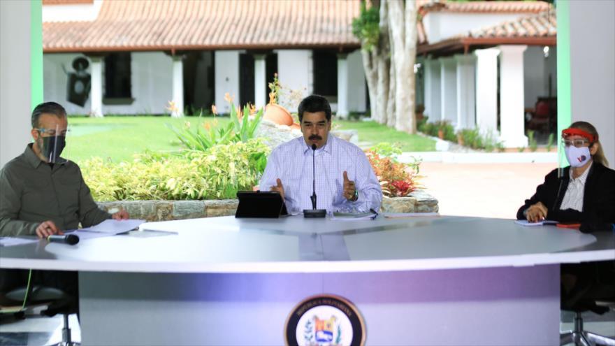 El presidente de Venezuela, Nicolás Maduro, ofrece un mensaje televisivo en el Palacio presidencial de Miraflores, 2 de septiembre de 2020. (Foto: AFP)