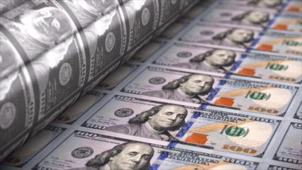 Auguran desplome del dólar de hasta 36 % frente al euro en 2021