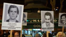 Uruguay: Concentración de Familiares por Verdad, Justicia y Memoria