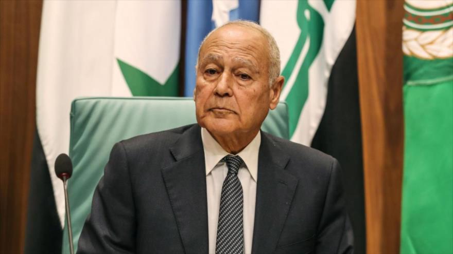El secretario general de la Liga Árabe (LA), Ahmed Aboul Gheit, en una reunión anual de la LA en el Cairo (capital egipcia), 4 de marzo de 2020. (Foto: AFP)