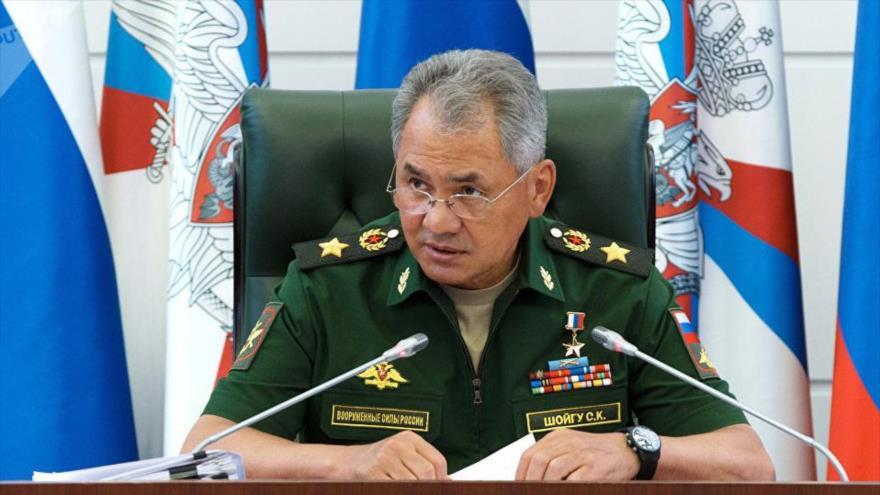 El ministro de Defensa de Rusia, Serguéi Shoigú, ofrece una rueda de prensa en la sede ministerial situada en Moscú, la capital rusa.