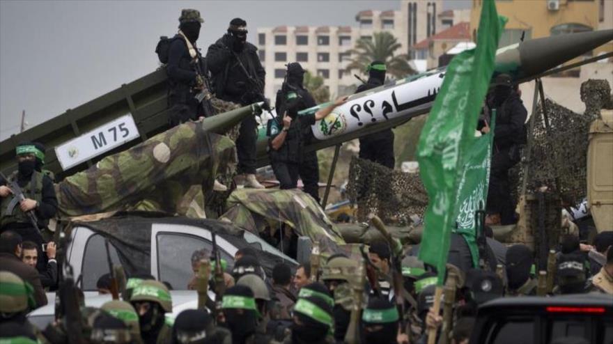 Misiles presentados por el Movimiento de Resistencia Islámica de Palestina (HAMAS) en un desfile militar en Gaza.