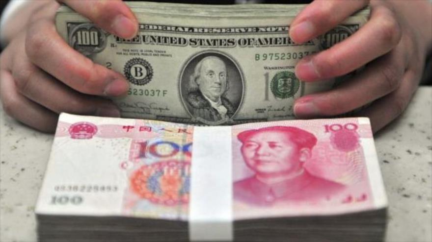 Inversor estadounidense Jim Rogers cree que el dólar perderá pronto su fuerza debido a la deuda externa de EE.UU. y las sanciones contra China.