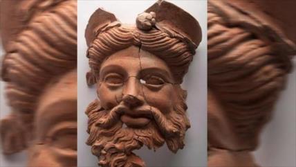 Foto: Arqueólogos hallan máscara de hace 2400 años en Turquía