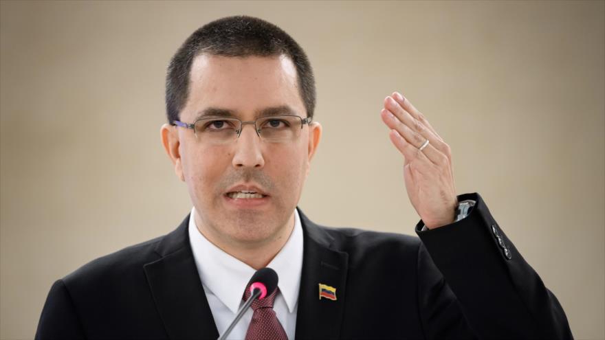 El canciller de Venezuela, Jorge Arreaza, habla en la sesión anual del Consejo de Derechos Humanos de la ONU en Ginebra, Suiza, 25 de febrero de 2020.