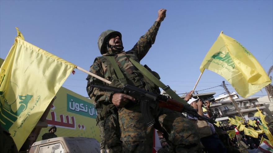 Un miembro de Hezbolá en un acto en la ciudad libanesa de Nabatiya. (Foto: Reuters)