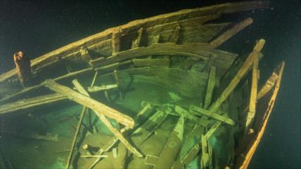 Video: Hallan intacto un barco del siglo XVII en aguas del Báltico