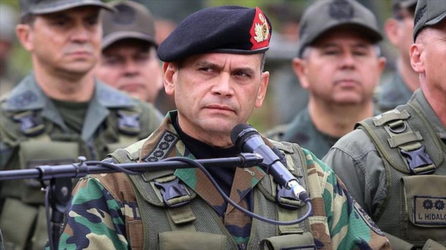 El Comandante Estratégico Operacional de la Fuerza Armada Nacional Bolivariana (Ceofanb), el almirante Remigio Ceballos, durante un mitin.